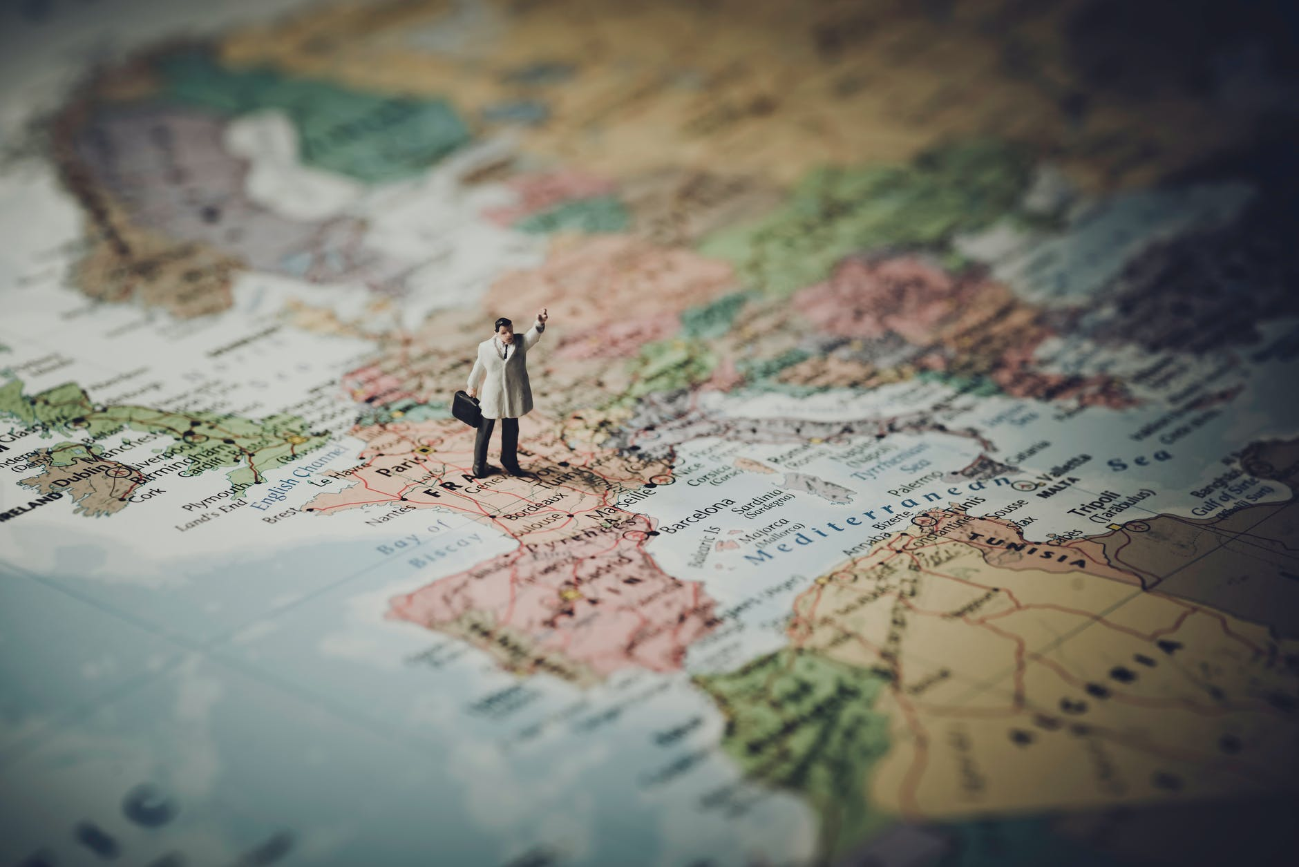 What An Expat Needs to Know About the Closing of French Borders